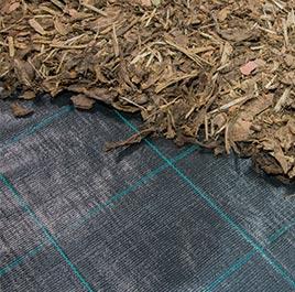 Vliese und Folien für den Garten- und Landschaftsbau